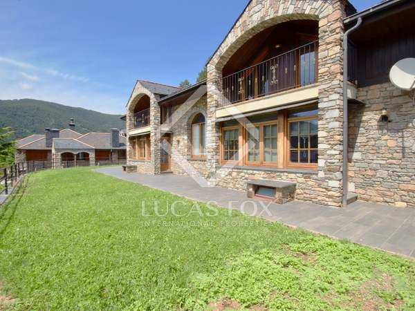 320m² House / Villa for sale in La Massana, Andorra