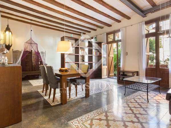 140 m² apartment with 100 m² terrace for sale in El Raval