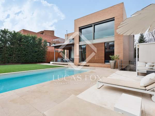550m² House / Villa for rent in Sant Cugat, Barcelona
