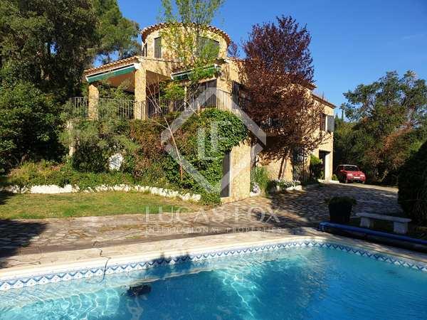 203m² House / Villa for sale in Santa Cristina, Costa Brava