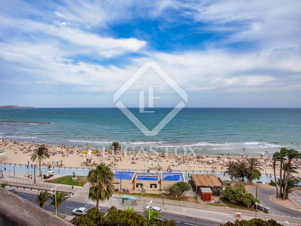 167m² Apartment with 8m² terrace for sale in Alicante ciudad