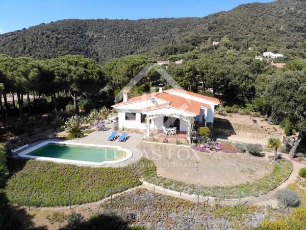 197m² House / Villa for sale in Santa Cristina, Costa Brava