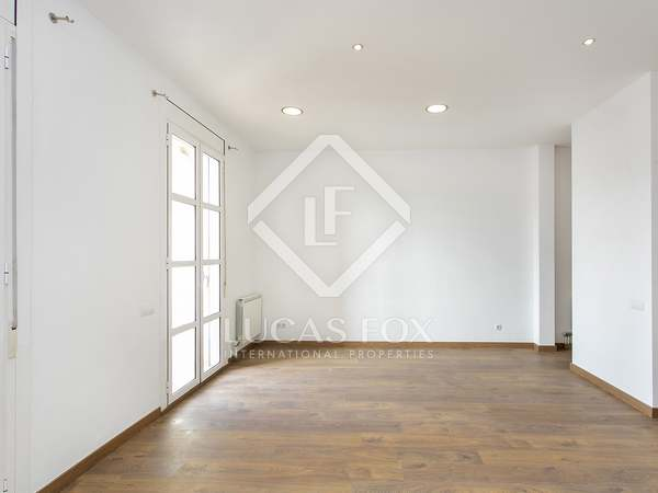 120m² Apartment for rent in Eixample Right, Barcelona