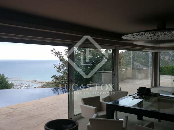 400m² House / Villa for rent in Garraf, Barcelona