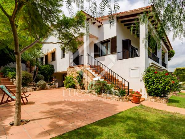 409m² House / Villa for sale in Torredembarra, Tarragona