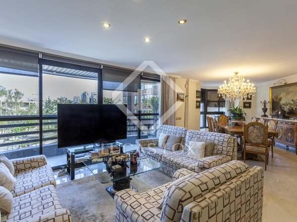 Appartamento di 160m² in vendita a Gran Vía, Valencia