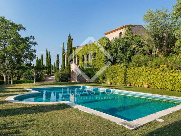 Country house for sale in the Alt Emporda in Girona province