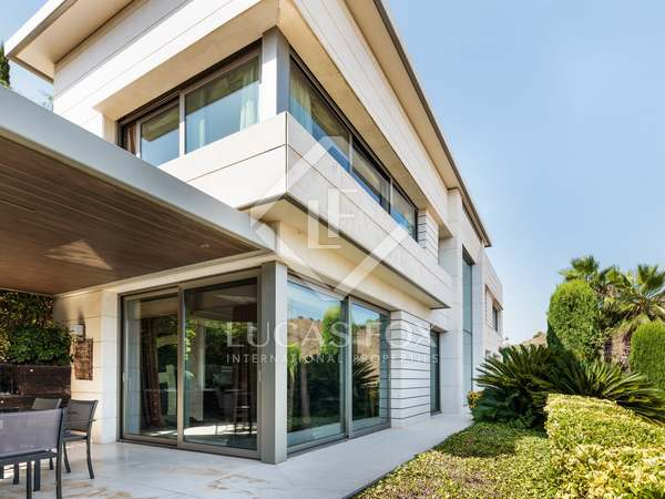 Villa de 550 m² en venta en Esplugues, Barcelona