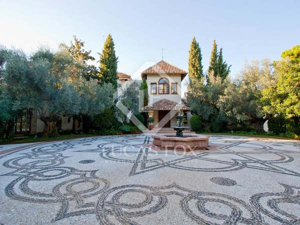 Fabulous villa on a 4,210 m² plot for sale in La Zagaleta