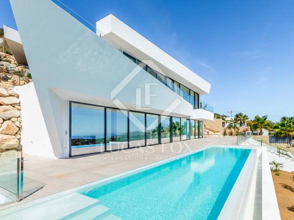 560m² House / Villa with 177m² terrace for sale in Moraira