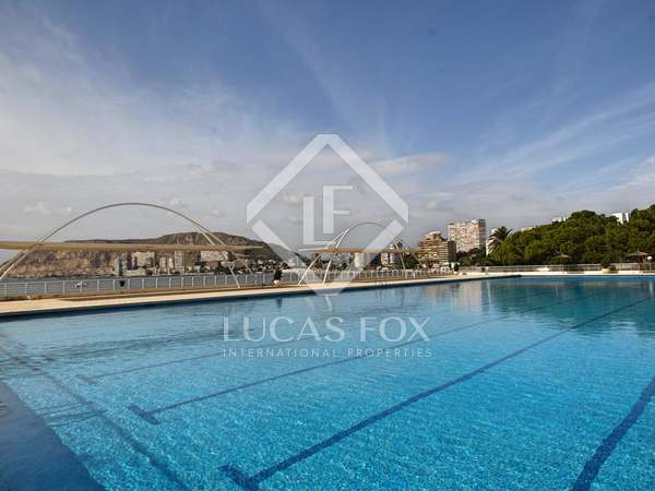 134m² Apartment for sale in Cabo de las Huertas, Alicante