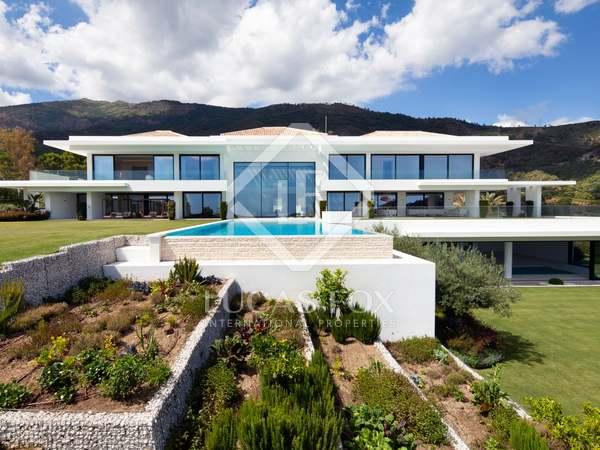 2,595m² House / Villa with 639m² terrace for sale in La Zagaleta