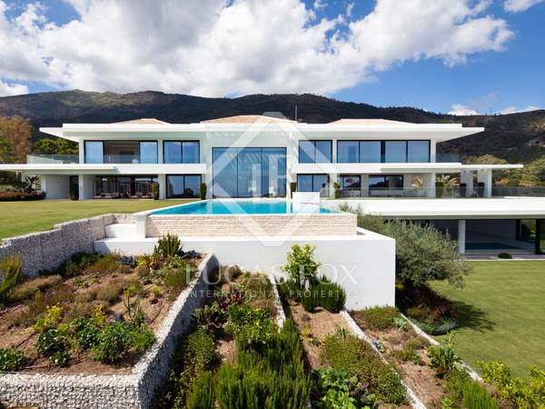 Дом / Вилла 2,595m², 639m² террасa на продажу в Ла Сагалета