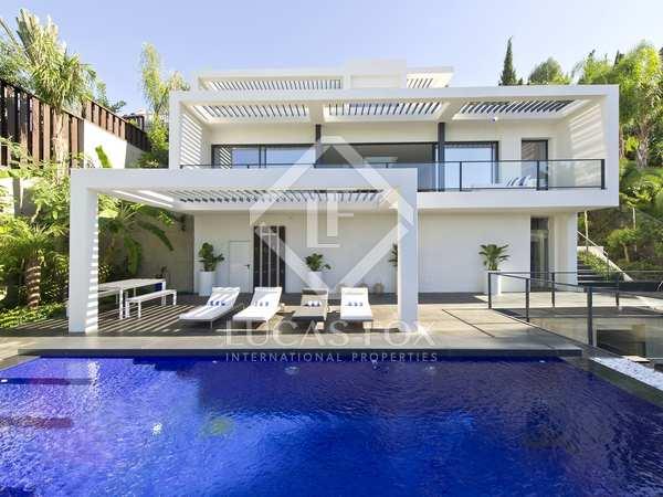 Huis / Villa van 310m² te koop in Axarquia, Malaga
