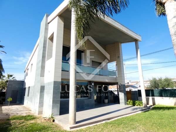 Casa / Vil·la de 269m² en venda a Playa Sagunto, València