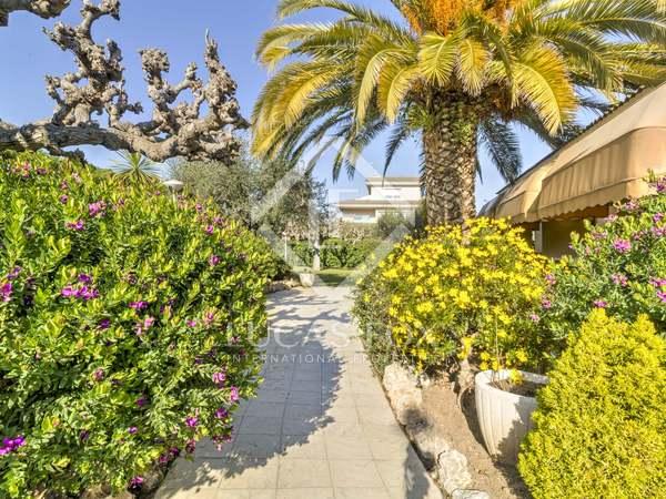 384m² House / Villa for sale in Torredembarra, Costa Dorada