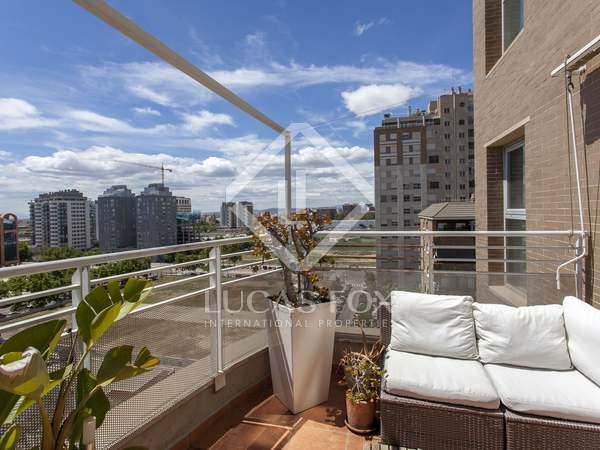 Ático de 204m² con 14m² terraza en venta en Ciudad de las Ciencias