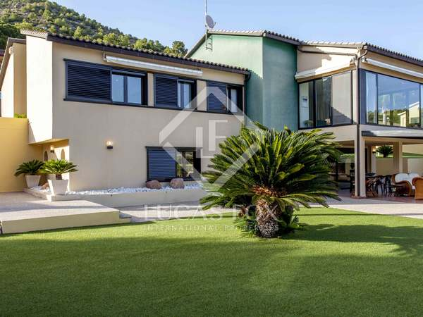 523m² villa with 350m² garden for sale in Sagunto