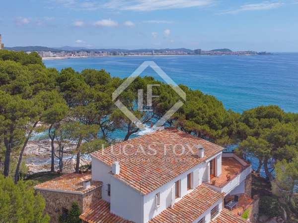 Huis / Villa van 385m² te koop in Platja d'Aro, Costa Brava