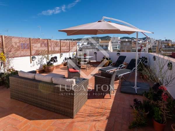在 Sitges Town, 巴塞罗那 55m² 出售 房子 包括 57m² 露台