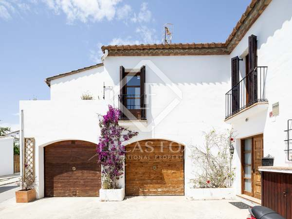 276 m² house for sale in Sant Pere Ribes, Sitges