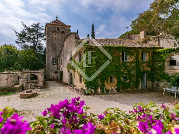 1,038m² Country house for sale in Premià de Dalt, Barcelona