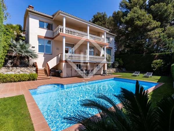 Huis / Villa van 501m² te koop in Cabrils, Barcelona