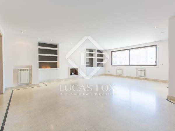 Piso de 178m² en alquiler en Almagro, Madrid