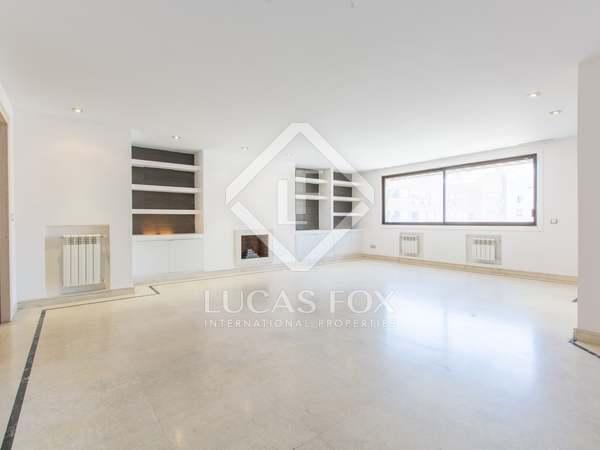 178 m² apartment for rent in Almagro, Madrid