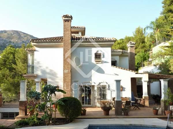 370m² House / Villa for sale in East Málaga, Málaga