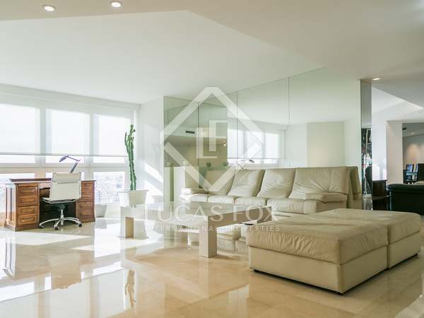 Квартира 420m² аренда в Город наук и искусств, Валенсия