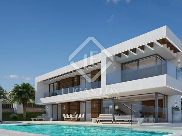 697m² House / Villa with 148m² terrace for sale in Jávea