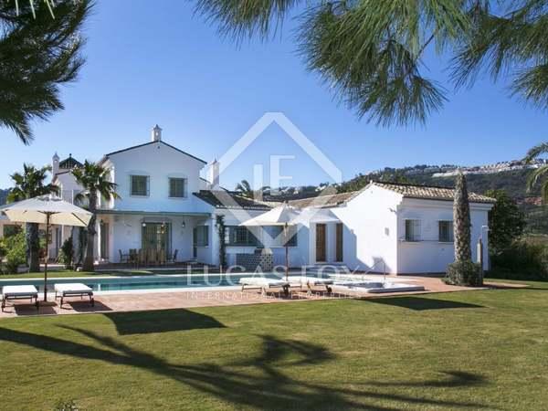Casa / Villa di 800m² in vendita a East Marbella, Marbella