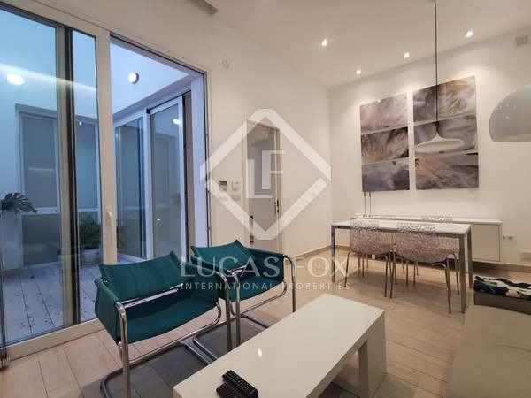 58m² Apartment with 15m² terrace for rent in Sevilla, Spain