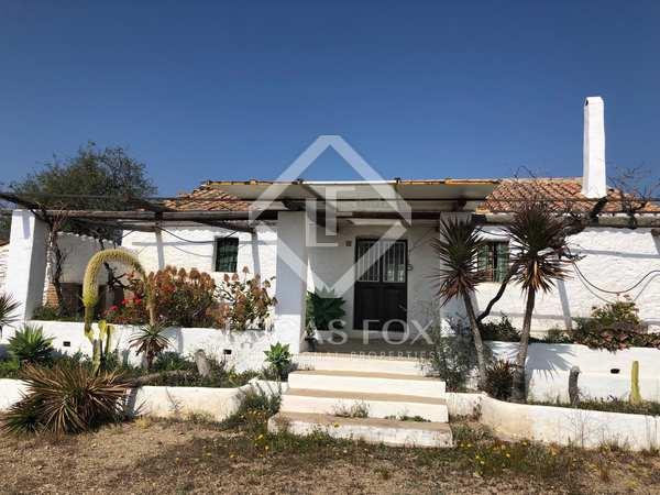 300m² Country house for sale in East Málaga, Málaga