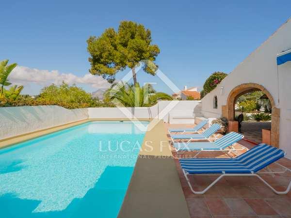 Huis / Villa van 203m² te koop in Jávea, Costa Blanca