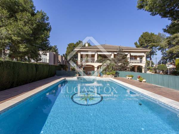 1,101 m² house for sale in Godella / Rocafort