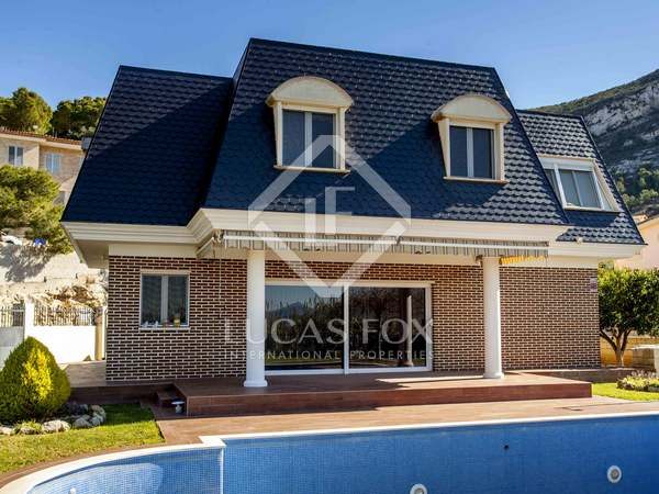 398m² House / Villa for sale in Cullera, Valencia