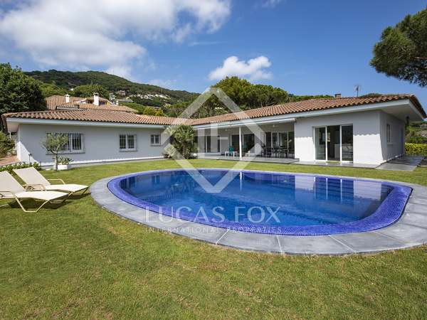 542 m² house for rent in Cabrils, Maresme