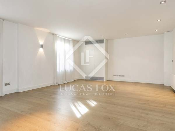 Fantastic semi-new apartment for rent in Turó Park, Barcelona