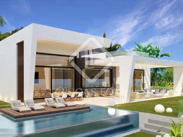 Casa / Villa de 392m² con 35m² terraza en venta en Málaga Este