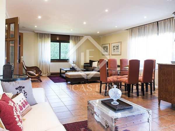 Casa / Villa de 300m² en venta en Pontevedra, Galicia