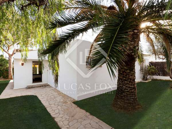 140 m² house for sale in Sant Pere Ribes
