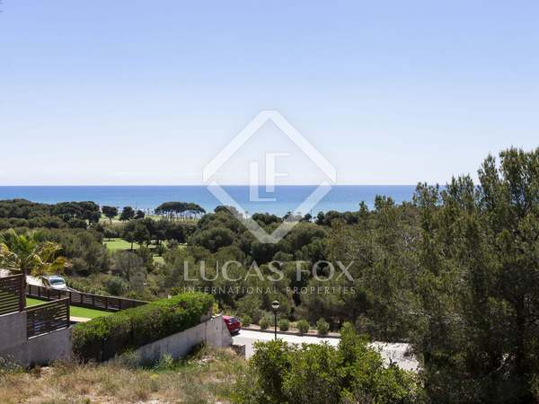 Scenic building plot for sale in Can Girona, near Sitges - Lucas Fox