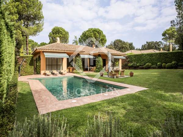 3-bedroom villa for sale in the Torremirona Golf Resort