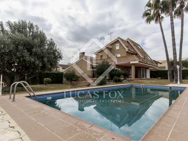 Casa / Villa de 336m² en venta en Playa Sagunto, Valencia