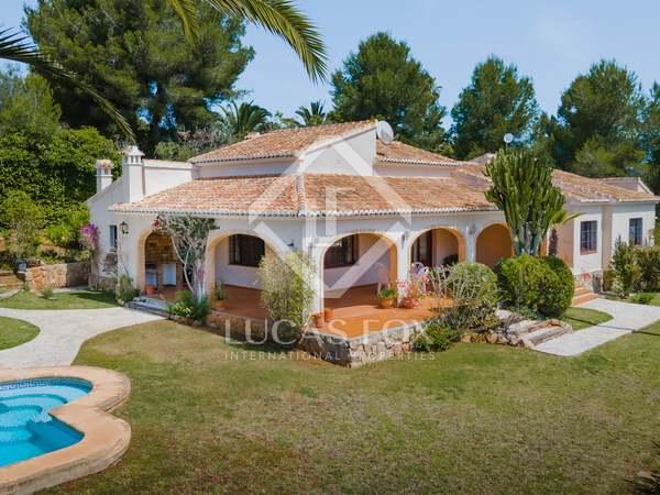 273m² House / Villa for sale in Jávea, Costa Blanca
