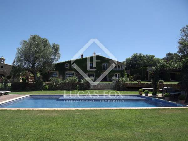 Maison / Villa de 900m² a louer sur le court terme. à Baix Empordà