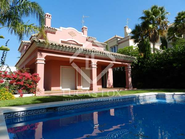 4 bed luxury villa for sale, Guadalmina Alta, sea views, golf views. Swimming pool, large garage