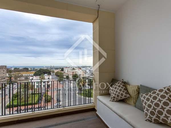 Penthouse van te huur met 30m² terras in Playa de la Malvarrosa